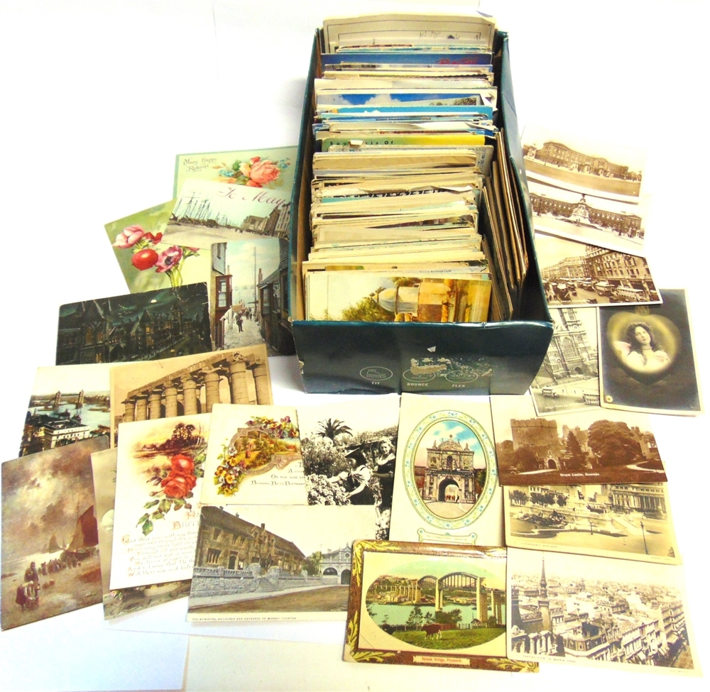 POSTCARDS - ASSORTED Approximately 265 cards, British and overseas; with a quantity of modern, - Image 2 of 5