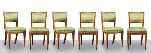 Sei sedie Impero in massello di noce, inizio del XIX secolo.