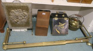 A copper coal hod, metal coal depot, fender, jam pan, screen etc Condition Report: Available upon