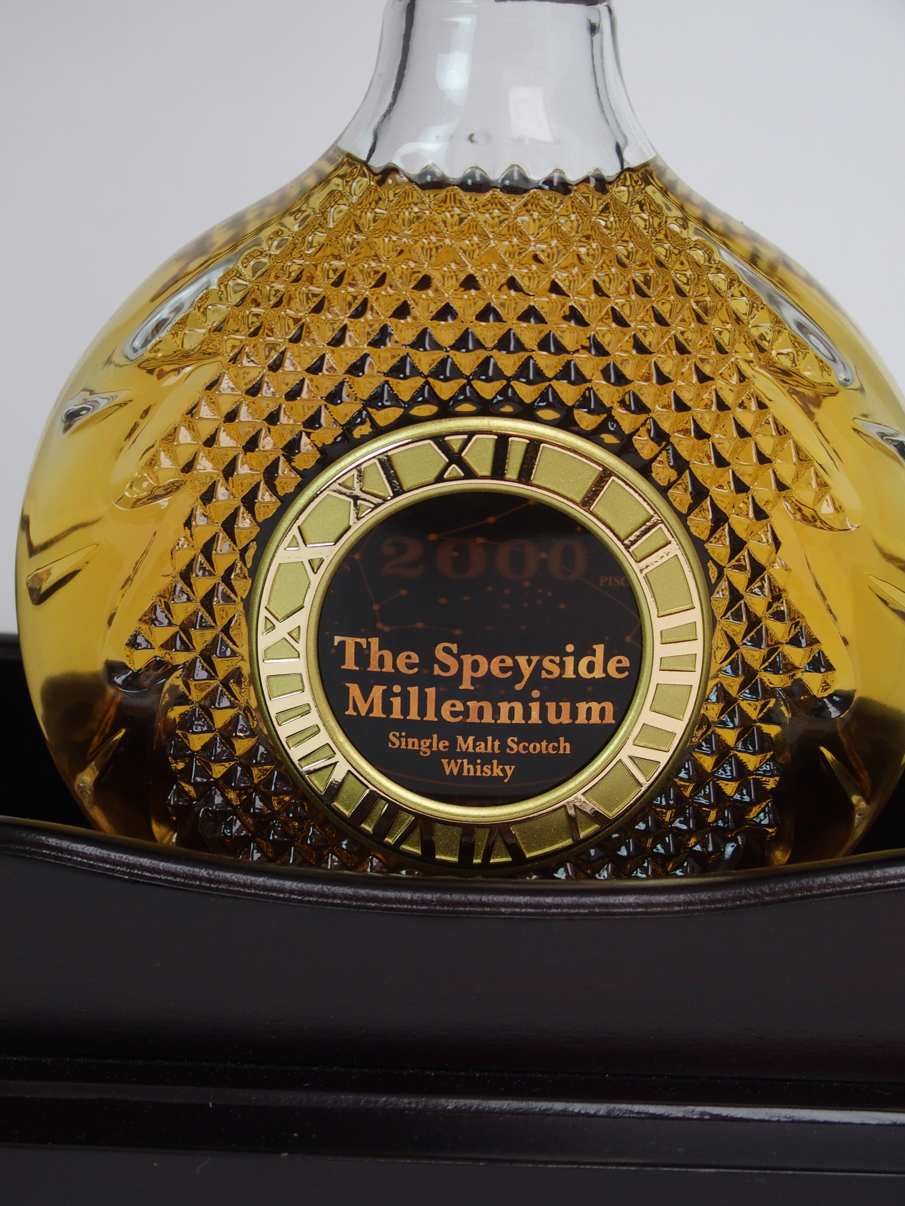 THE SPEYSIDE MILLENIUM SINGLE MALT WHISKY in Tantalus stand, with case, No. 308 with - Image 3 of 5