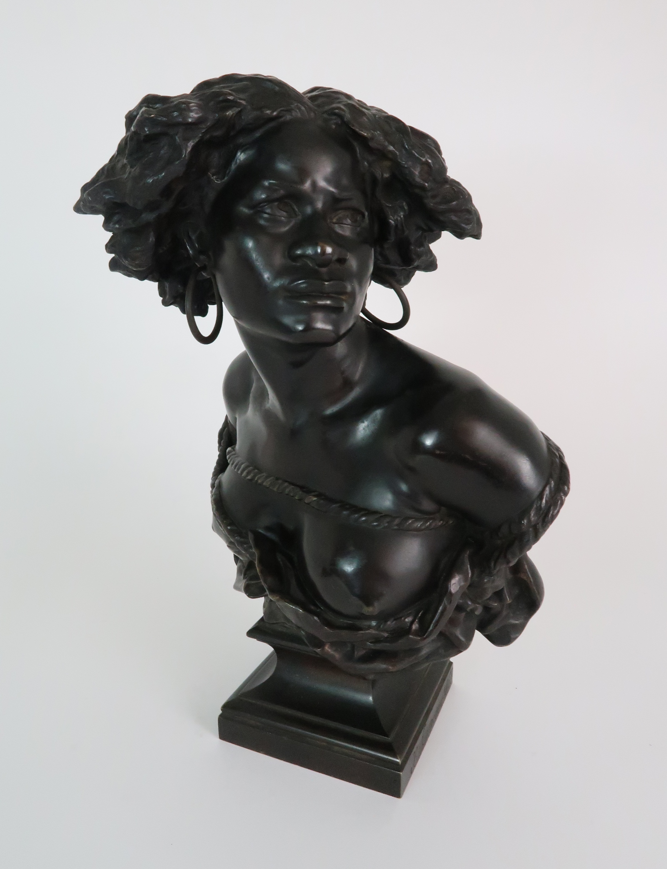 AFTER JEAN-BAPTISTE CARPEAUX (FRENCH 1827-1875) - POUR QUOINAITRE ESCLAVE a bronze bust of a - Image 7 of 7