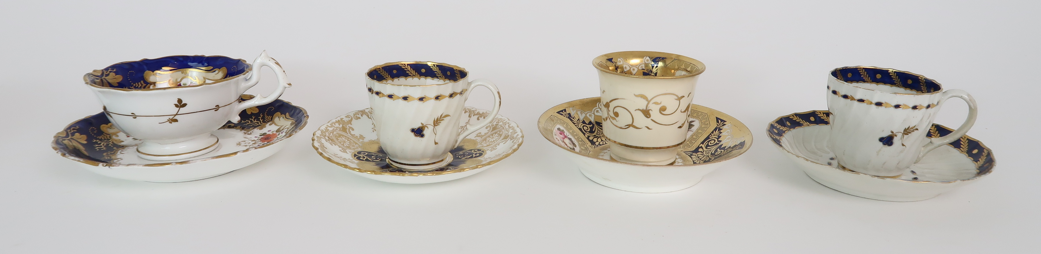 A COLLECTION OF 19TH CENTURY ENGLISH BLUE AND GILT DECORATED TEA AND COFFEE WARES including a - Image 7 of 23