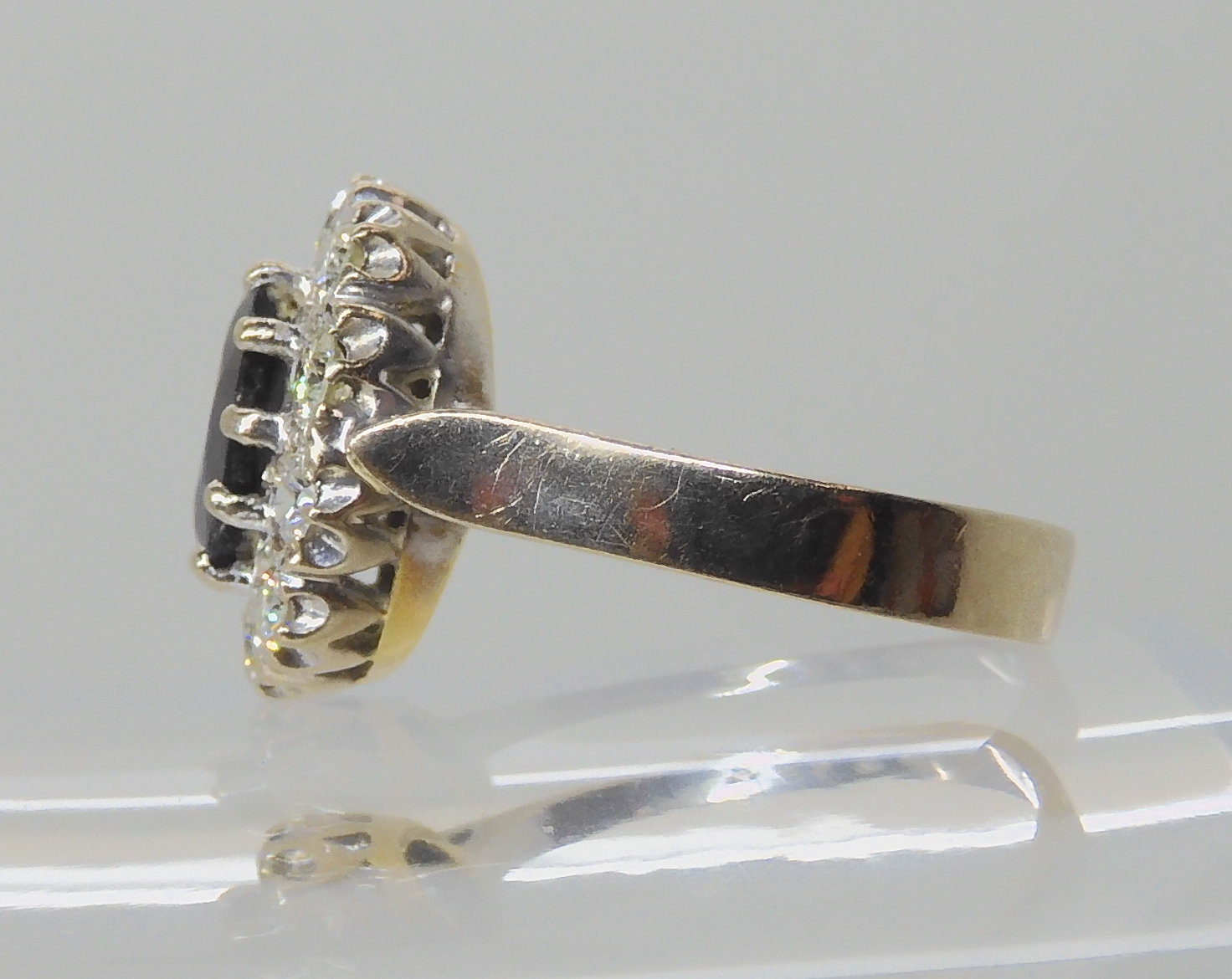 AN 18CT WHITE GOLD SAPPHIRE AND DIAMOND CLUSTER RING set with estimated approx 0.50cts of - Image 8 of 8