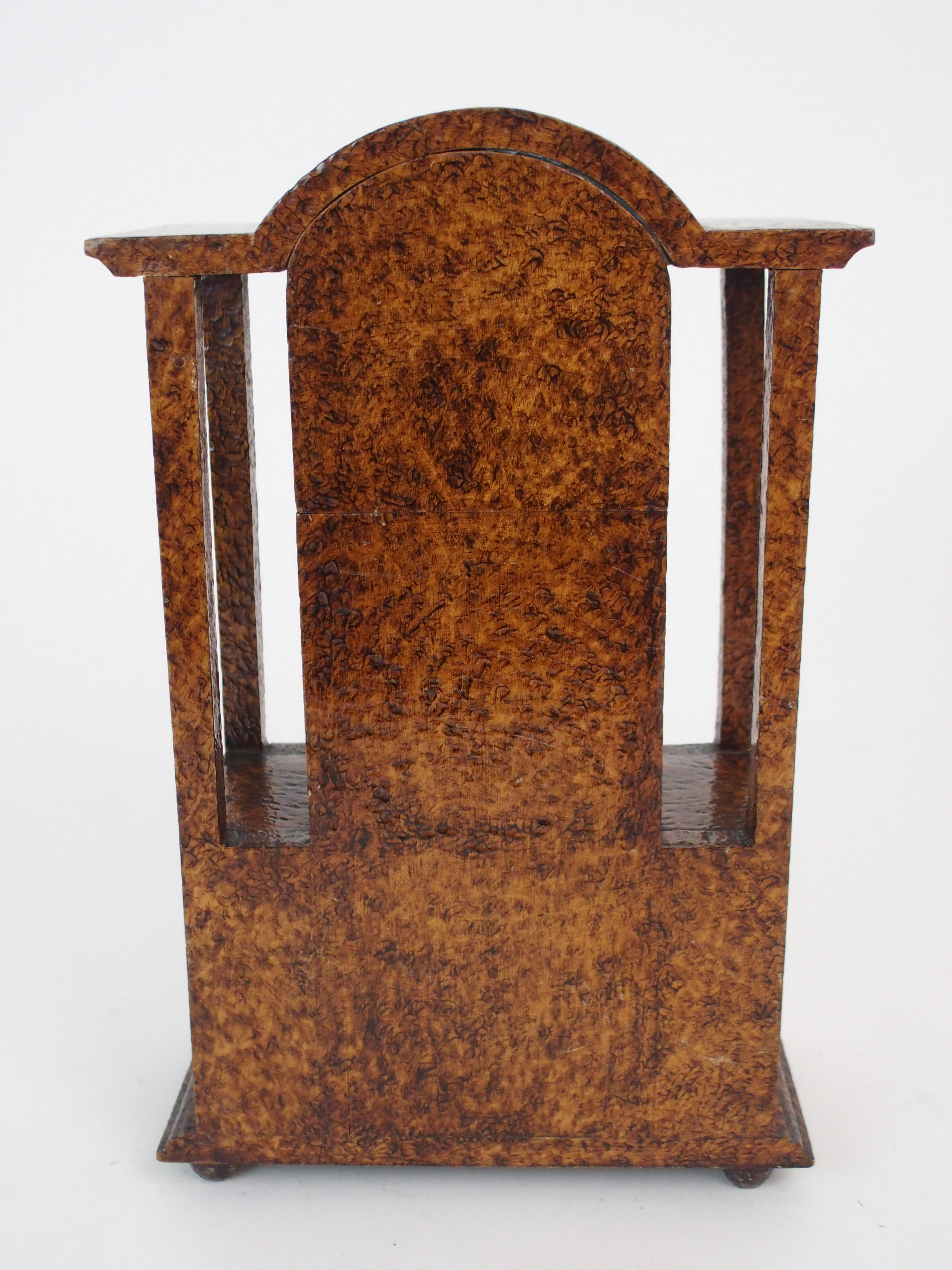THE FOLLOWING THREE LOTS WERE DESIGNED BY BOXWORKS EMPLOYEE JOHN COOK. A MAUCHLINE WARE CLOCK CASE - Image 6 of 6
