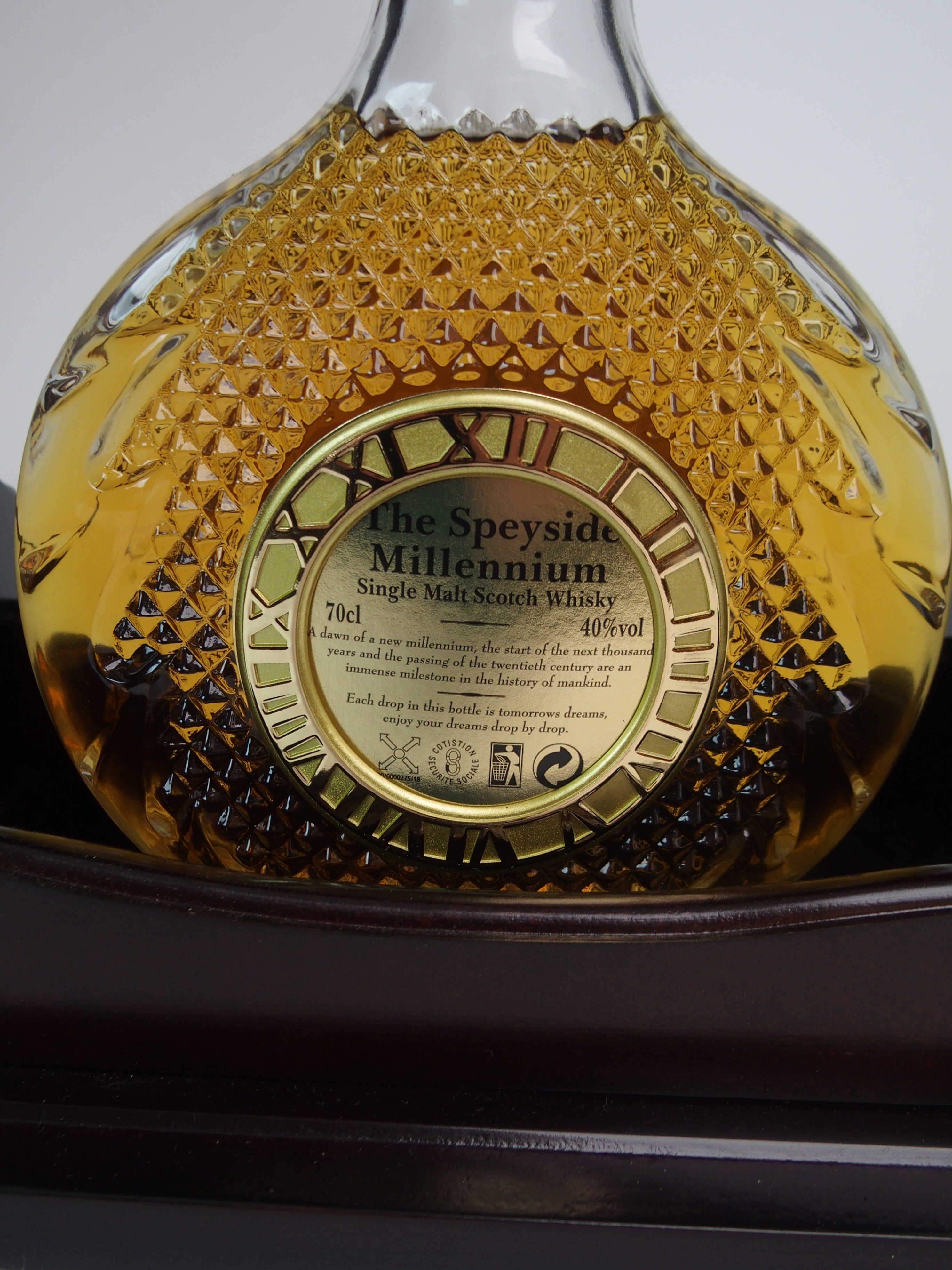 THE SPEYSIDE MILLENIUM SINGLE MALT WHISKY in Tantalus stand, with case, No. 308 with - Image 5 of 5