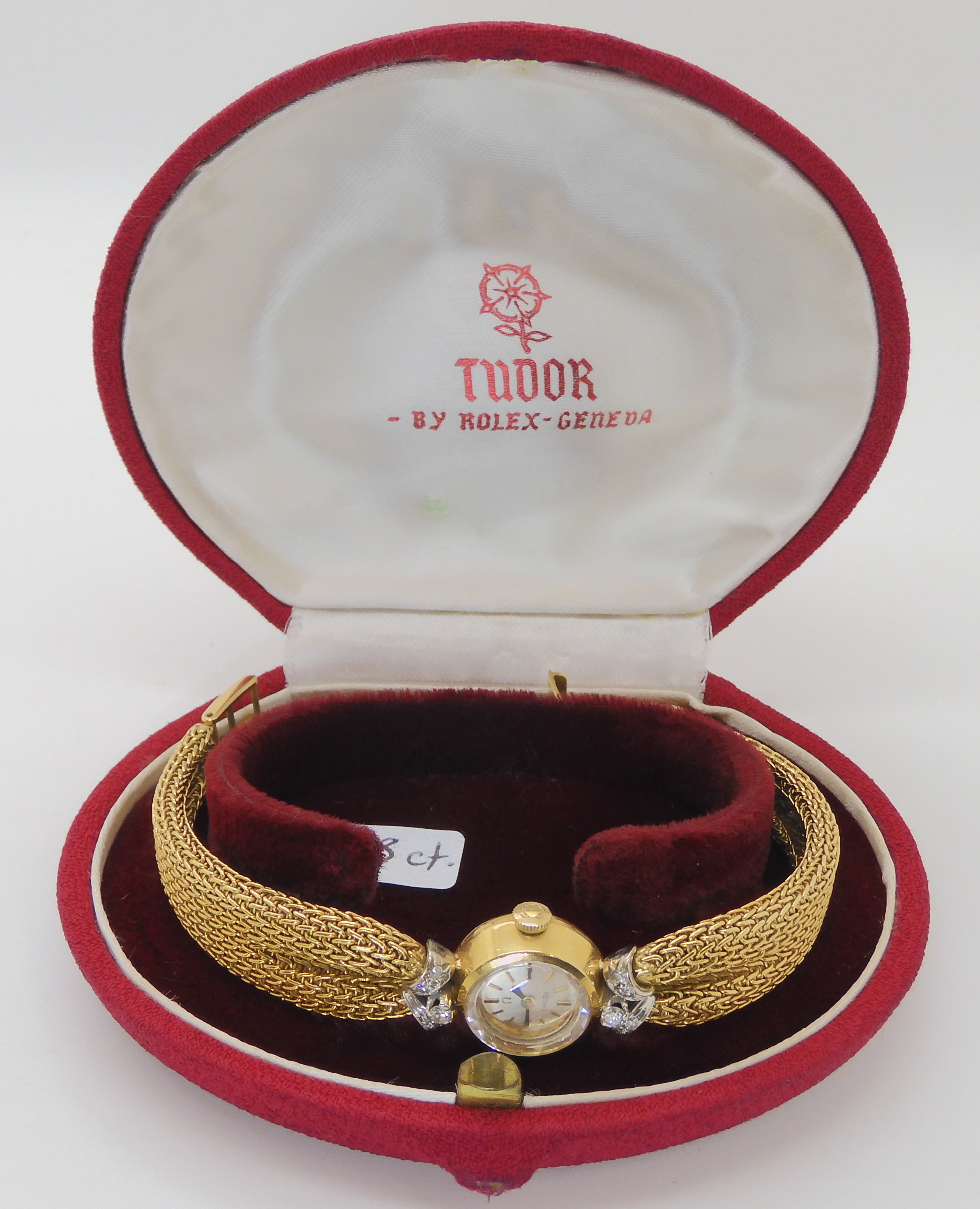 A LADIES 18CT GOLD OMEGA WITH DIAMONDS AND DECORATIVE STRAP the woven mesh strap in puckered to look - Image 2 of 5