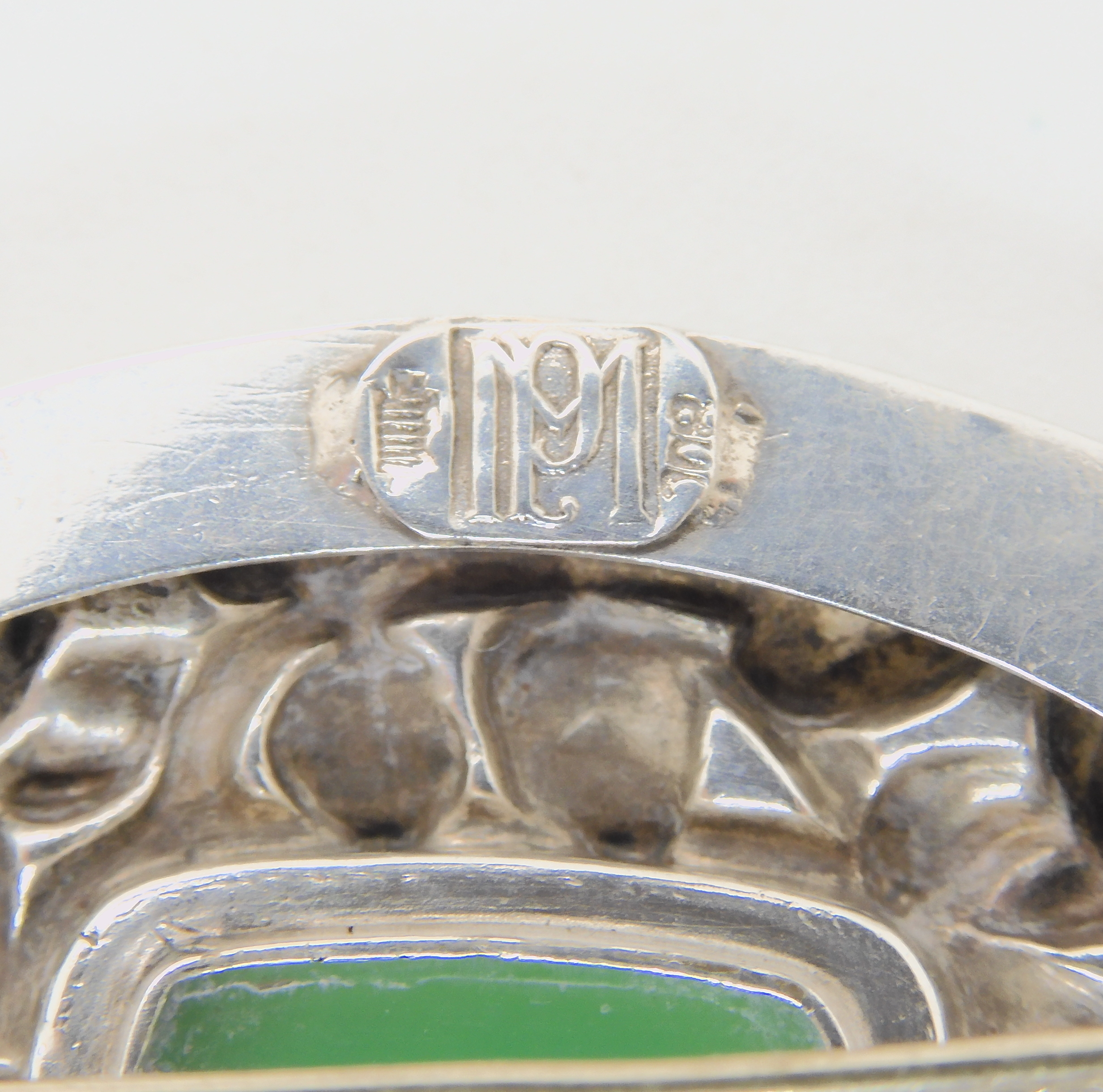 AN ART NOUVEAU BROOCH ATTIBUTED TO MAYER OF PFORZHEIM embossed with with jugendstil roses and set - Image 3 of 3