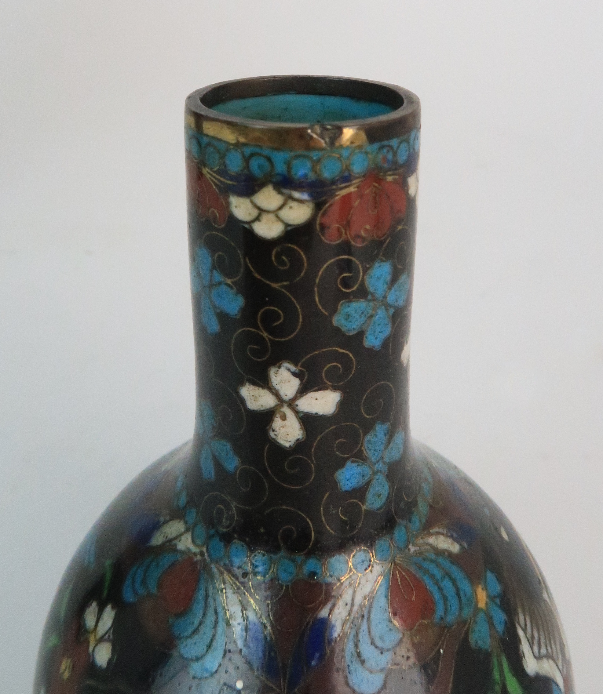 A JAPANESE CLOISONNE BALUSTER VASE finely decorated with panels of birds, butterflies, plants and - Image 15 of 15
