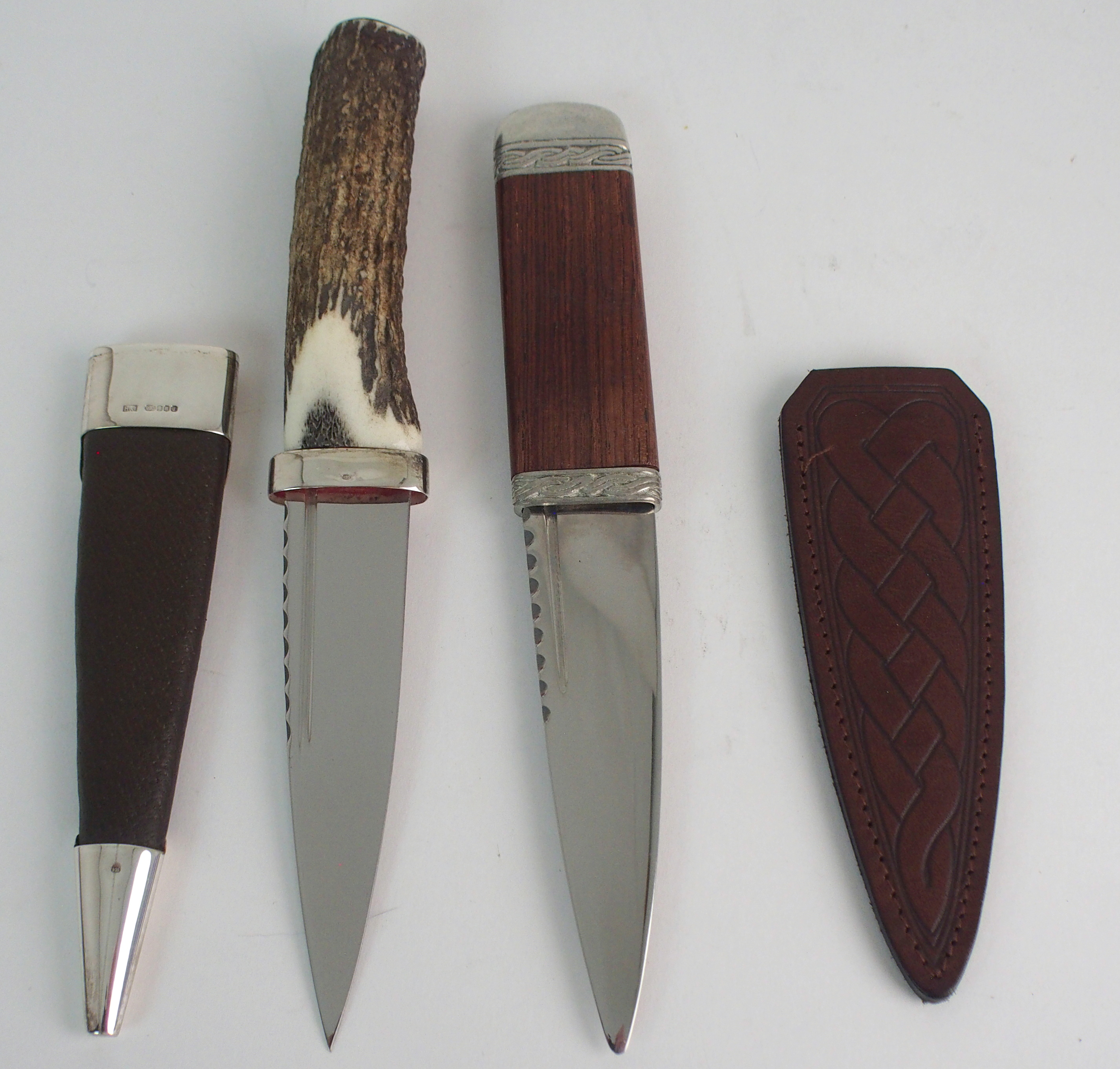 A SILVER-MOUNTED SGIAN DUBH BY HAMILTON & INCHES with brown goatskin scabbard and stag antler handle - Image 4 of 4
