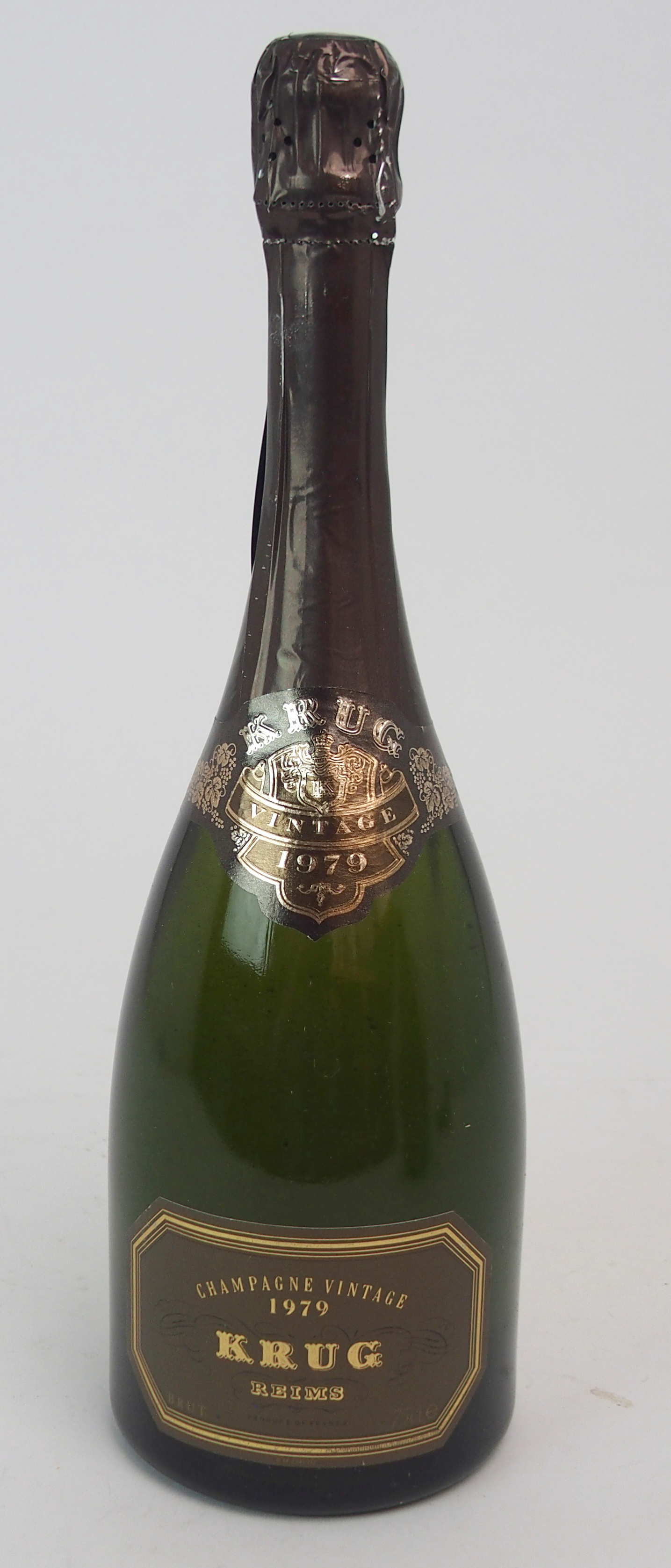 A BOTTLE OF KRUG VINTAGE CHAMPAGNE, 1979 75cl Condition Report: Available upon request