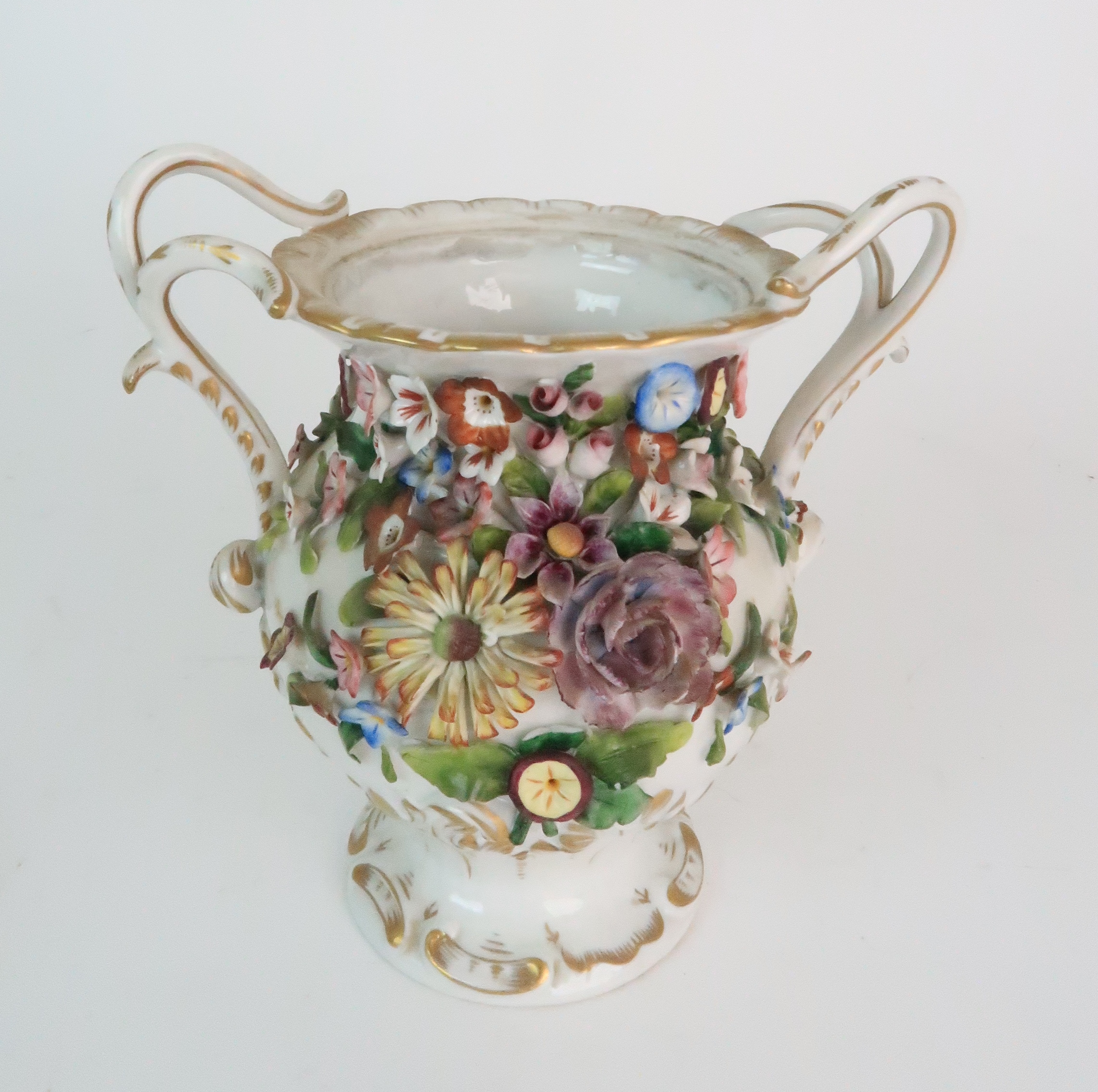 A PAIR OF CONTINENTAL PORCELAIN URNS each decorated with strings of flowers and gilt dot and dash - Image 12 of 16