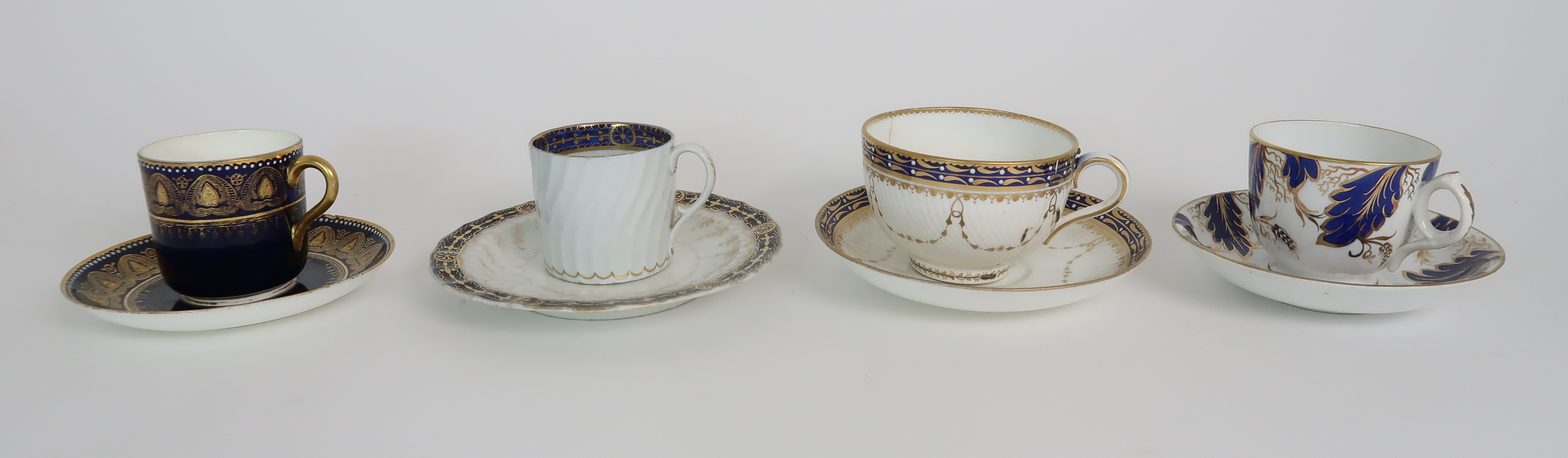 A COLLECTION OF 19TH CENTURY ENGLISH BLUE AND GILT DECORATED TEA AND COFFEE WARES including a - Image 13 of 23