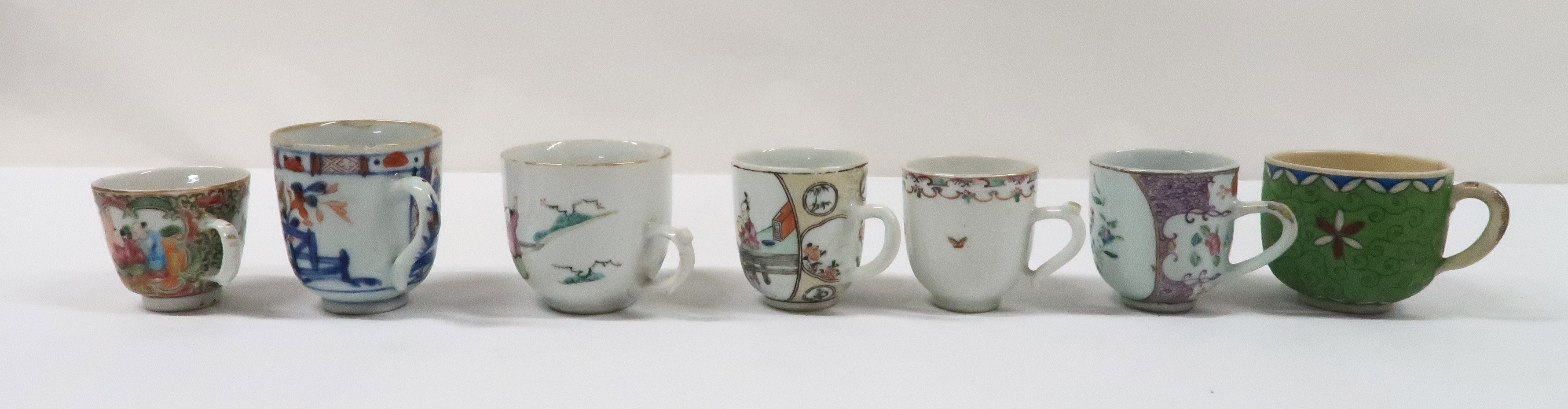 A COLLECTION OF CHINESE EXPORT TEAWARES and others including famille rose, Chien Lung, blue and - Image 10 of 22