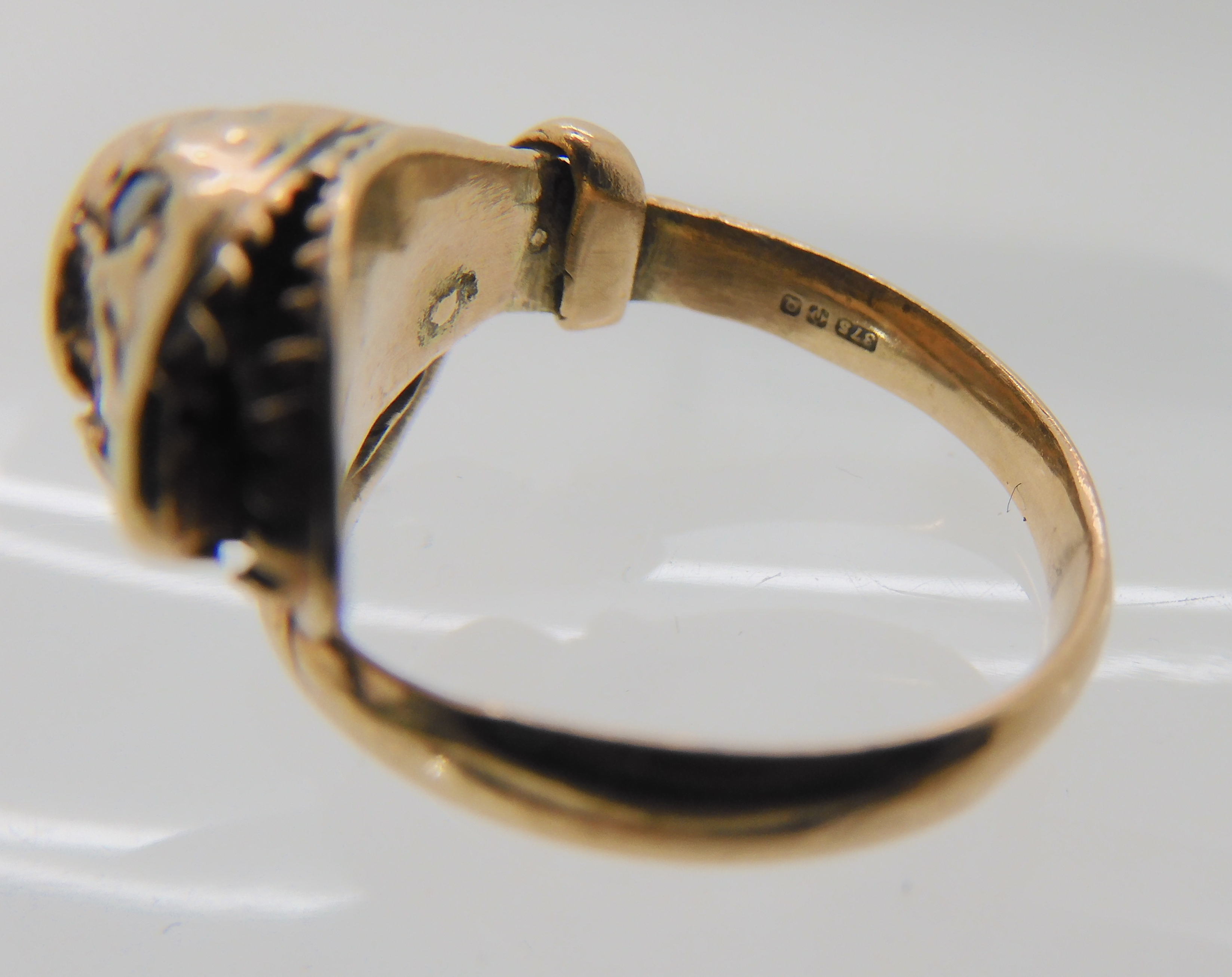 A 9CT ROSE GOLD GARNET AND DIAMOND SNAKE RING finger size J, weight 4.5gms Condition Report: Has - Image 6 of 8
