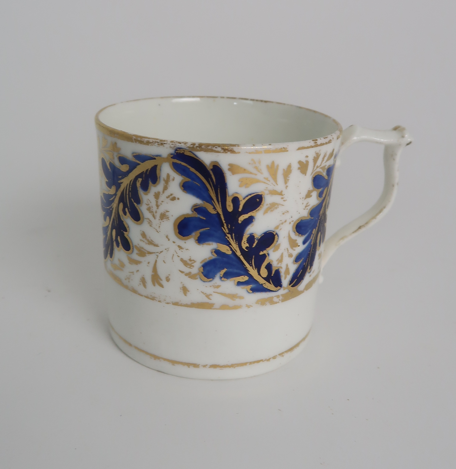 A COLLECTION OF 19TH CENTURY ENGLISH BLUE AND GILT DECORATED TEA AND COFFEE WARES including a - Image 23 of 23