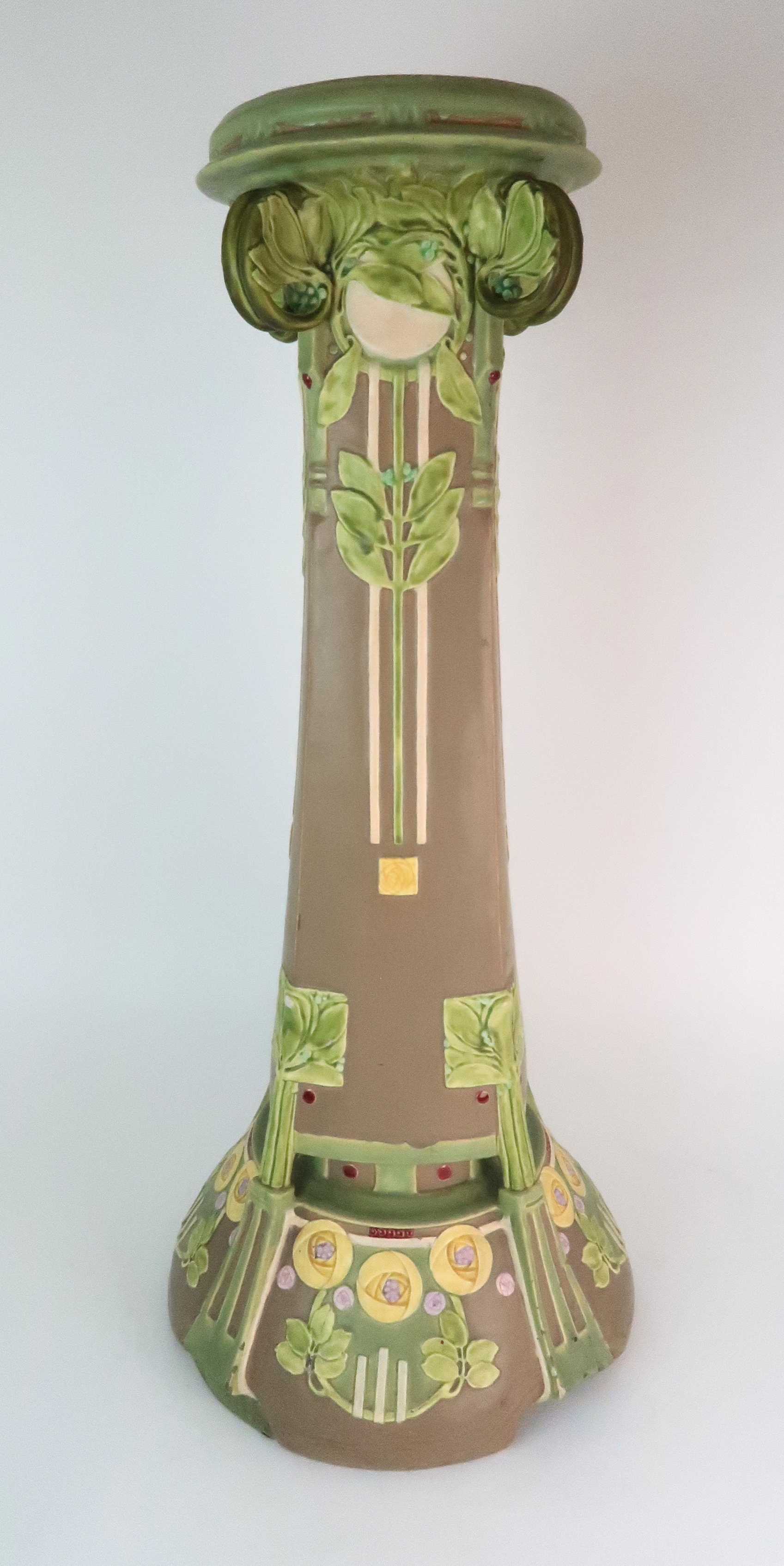 A SECESSIONIST JARDINIERE STAND decorated with stylised rose and foliate decoration in matt pastel - Image 3 of 11