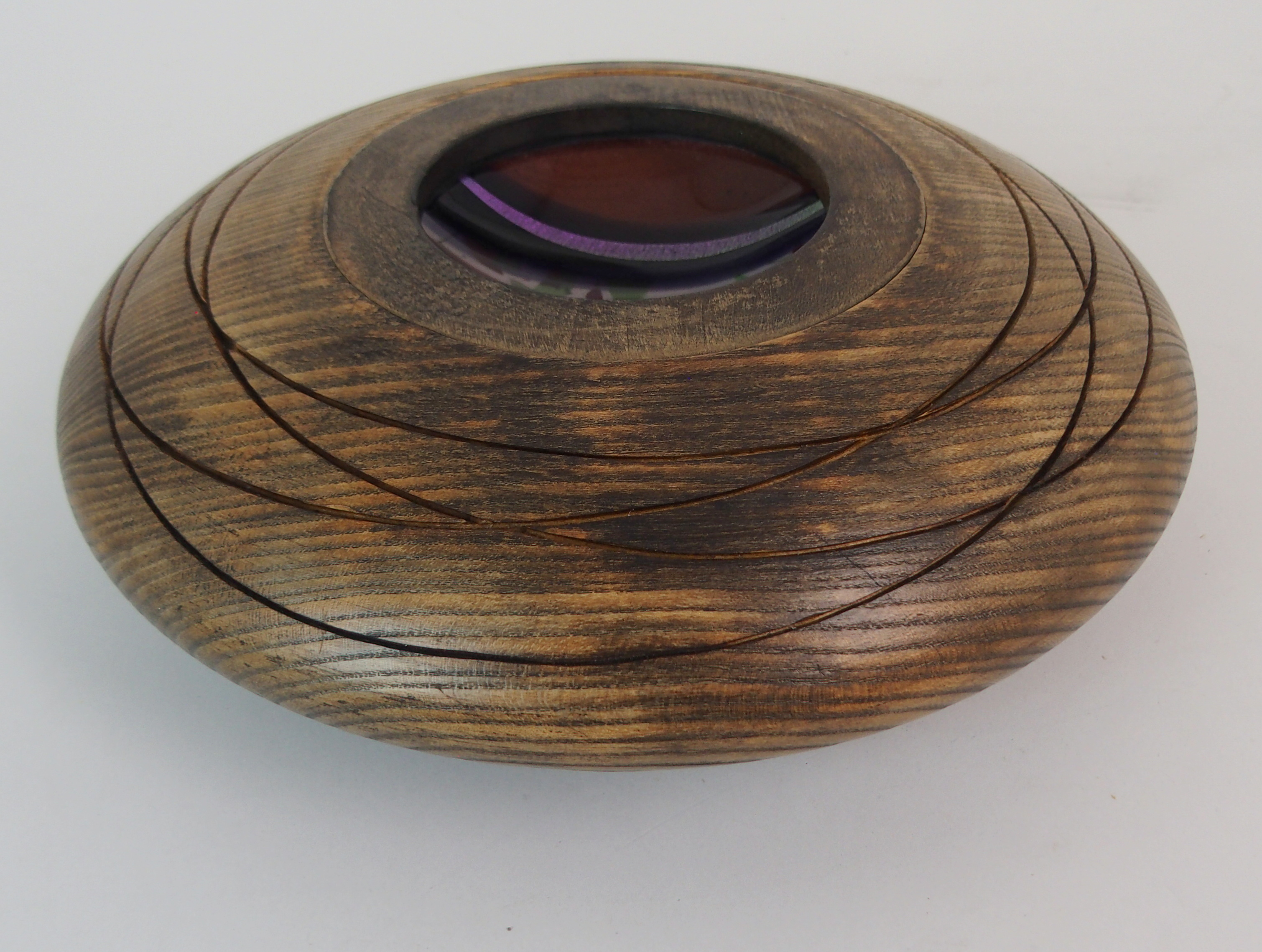 A SCOTT IRVINE WOOD AND FUSED GLASS CENTERPIECE BOWL 30cm diameter Condition Report: Available - Image 2 of 5