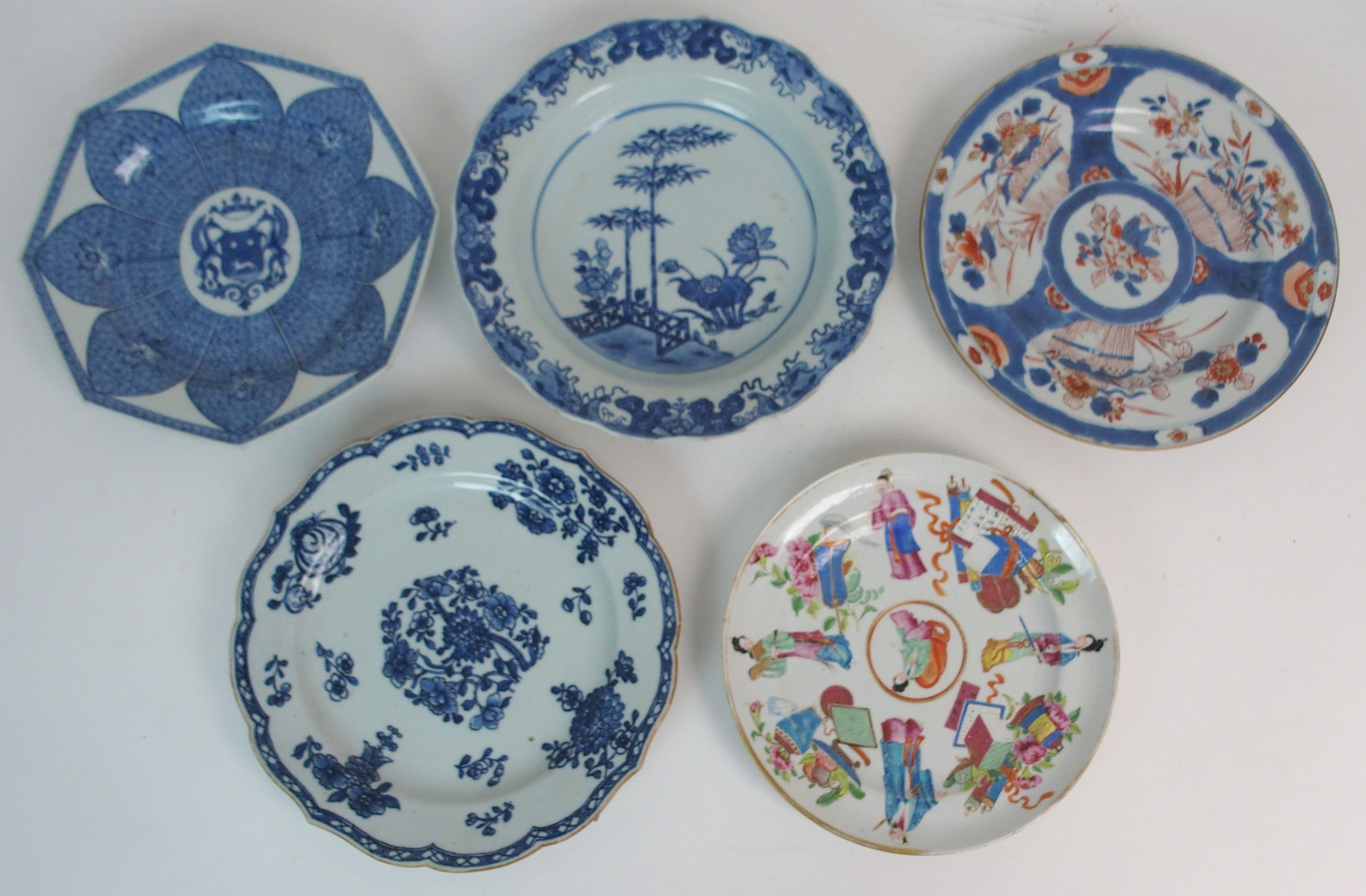 FIVE CHINESE EXPORT PLATES comprising; floral sprays, 22.5cm, Canton figures and precious objects,