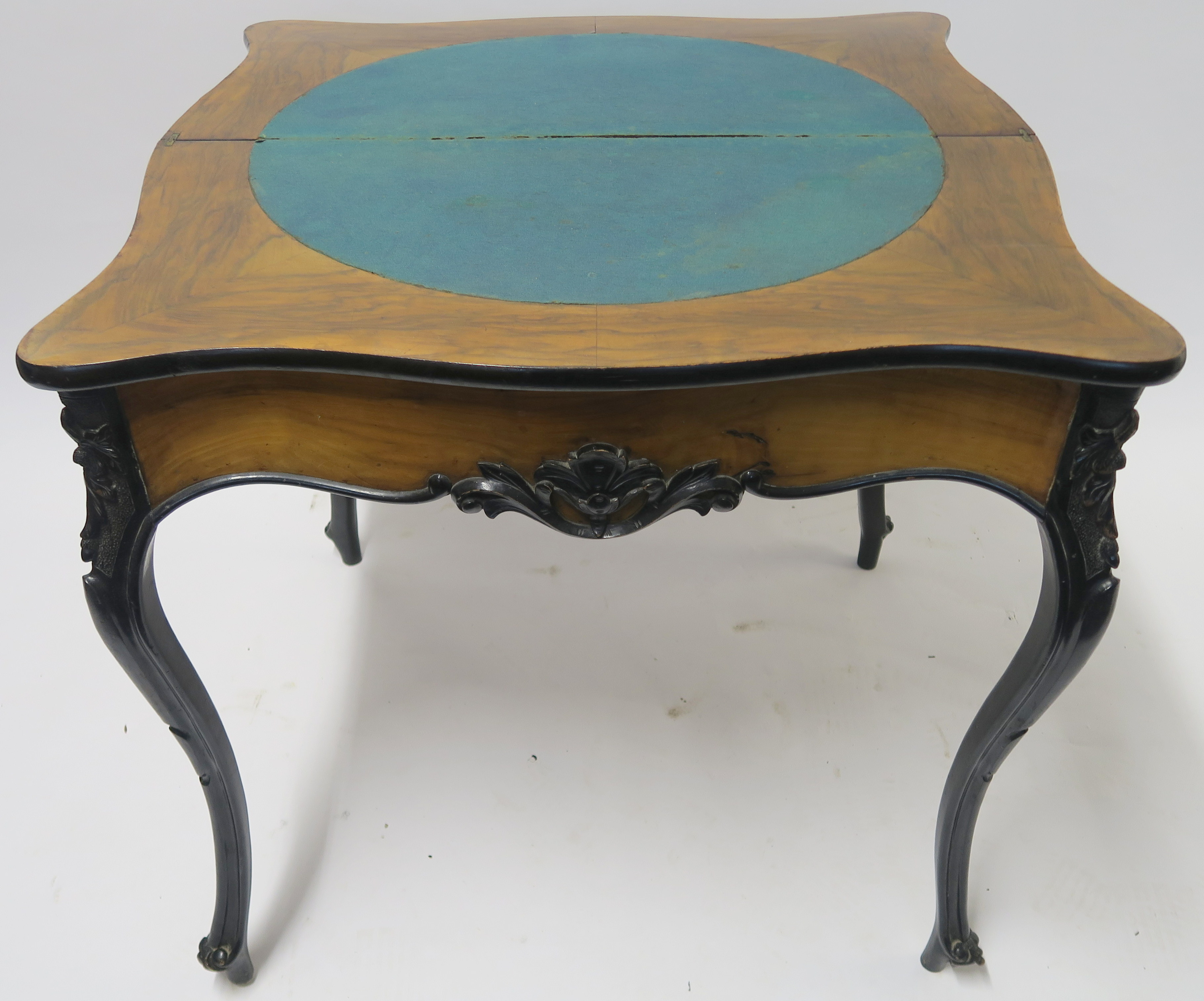A CONTINENTAL WALNUT AND EBONISED FOLD OVER CARD TABLE, 78cm high, 82cm wide and 40cm deep Condition - Image 5 of 7