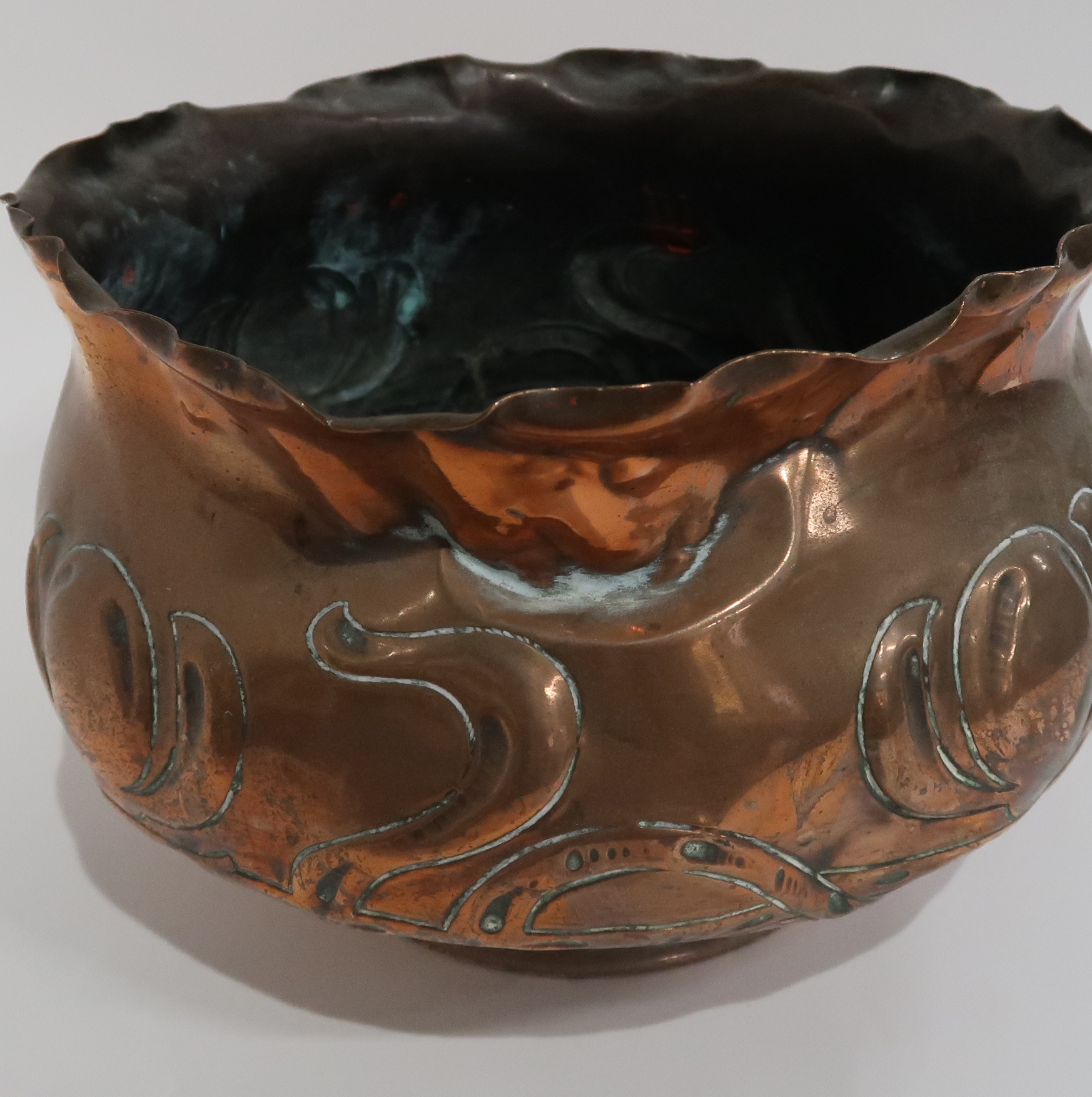 A WILLIAM SOUTTER AND SONS COPPER JARDINIERE two brass celtic knotwork trinket dishes, a similar - Image 4 of 4