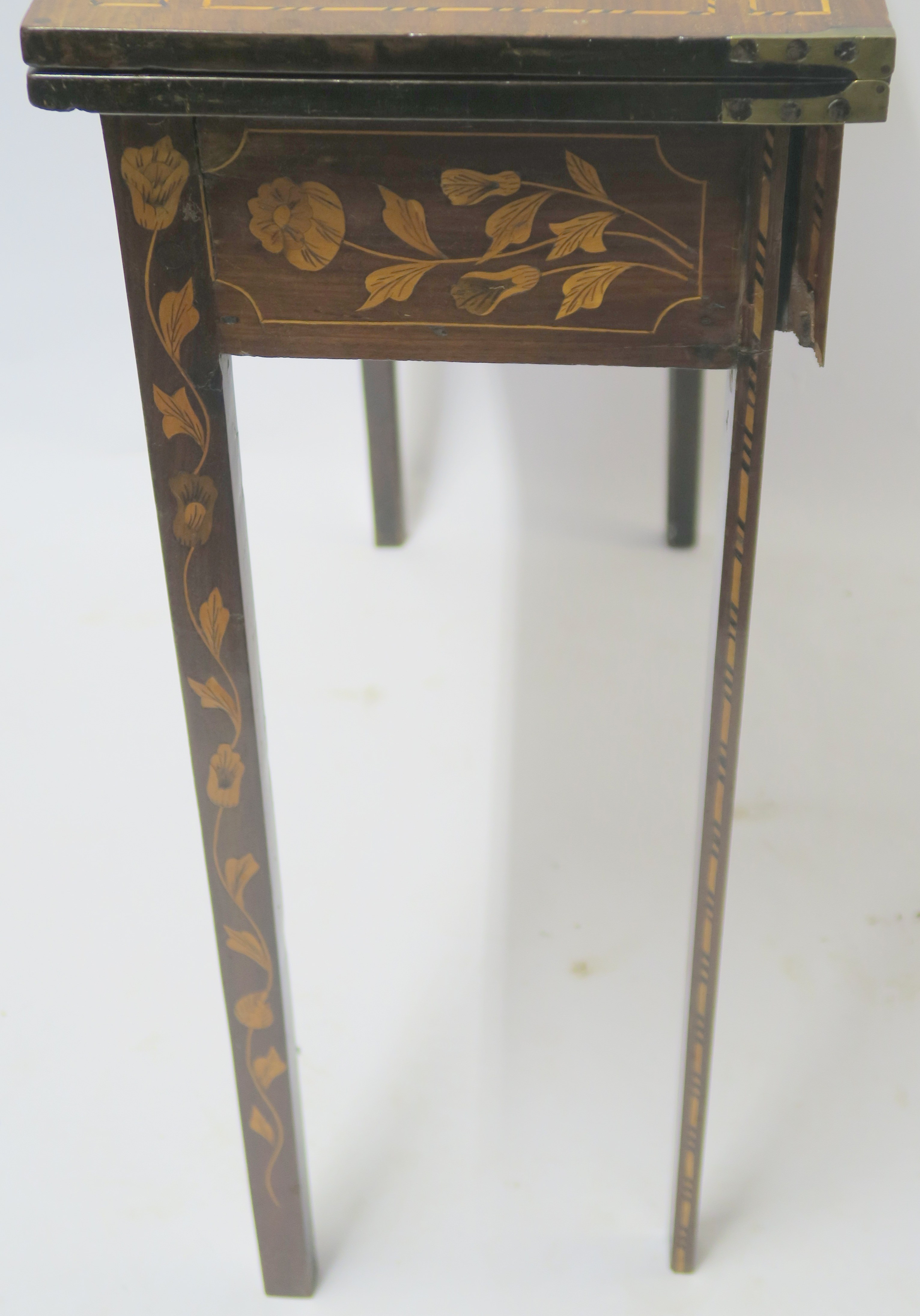 A DUTCH MARQUETRY WALNUT GAMES TABLE decorated with a basket of flowers, birds and scrolling - Image 6 of 11