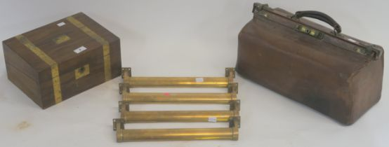 A small walnut writing slope, Gladstone bag and four brass pull handles (6) Condition Report:
