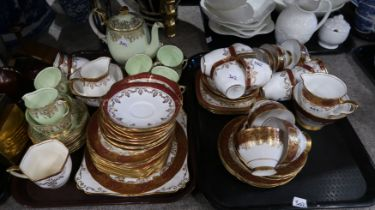 A lot comprising a Queen Anne coffee service & a Rosslyn China teaset Condition Report: Not
