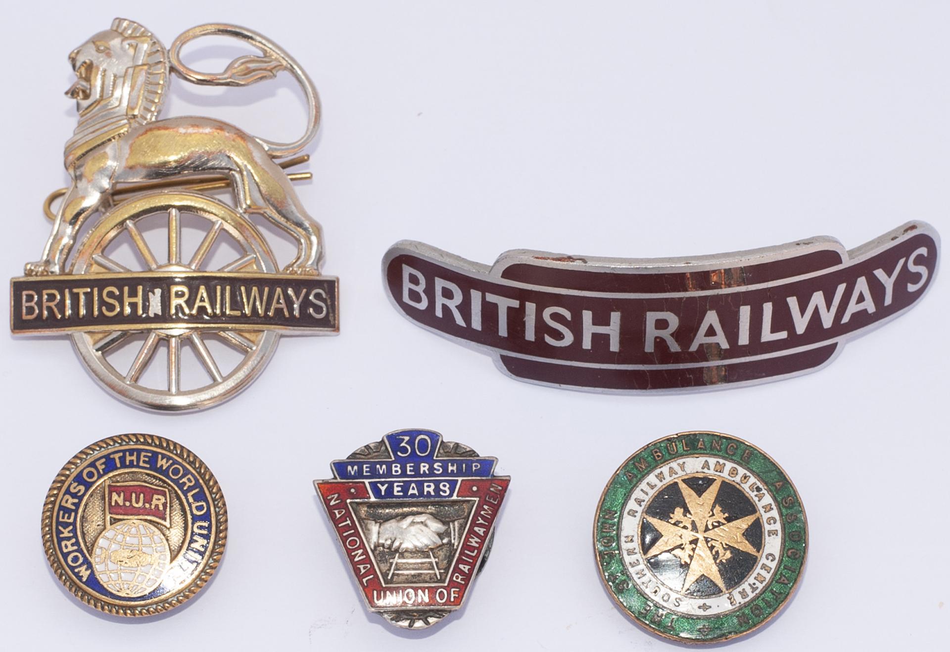 A Lot containing 5 x Railway Badges. Southern Railway St John Ambulance. NUR 30 years service. NUR