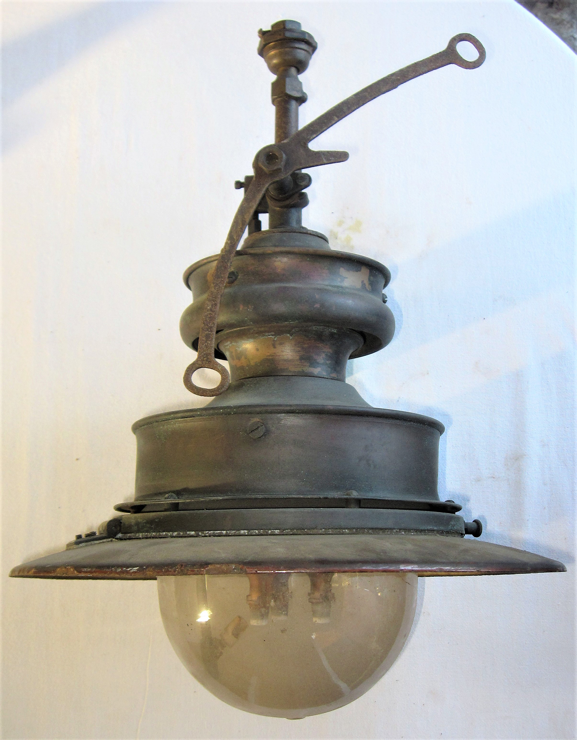Sugg copper Station Gas Lamp. Complete with operating valve, lever and globe. Good original