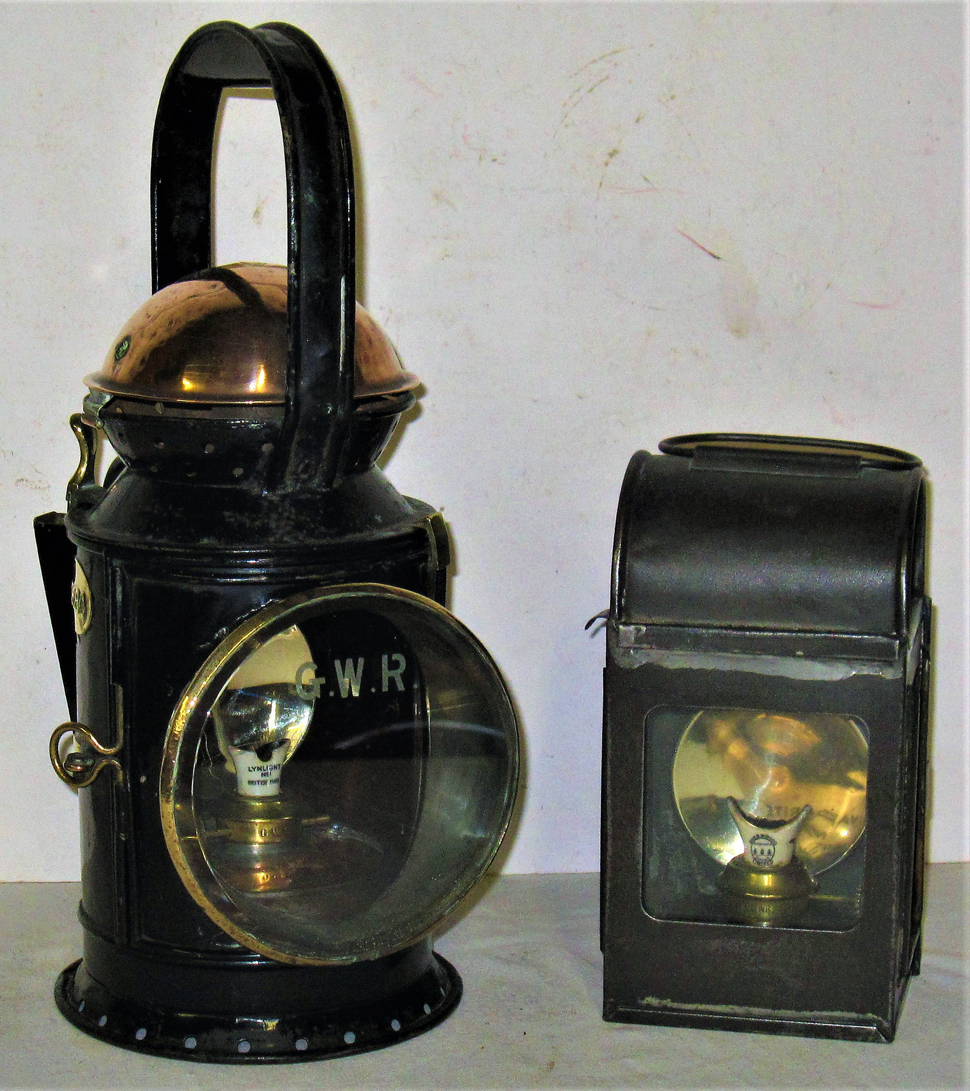 GWR pre grouping copper top Handlamp complete with GWR front glass, colour filters, vessel and