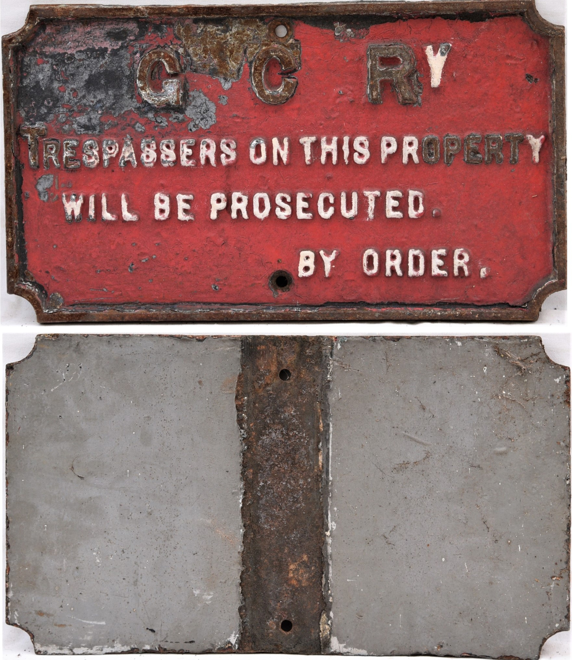 Great Central Railway cast iron notice. TRESPASSERS ON THIS PROPERTY WILL BE PROSECUTED. Original