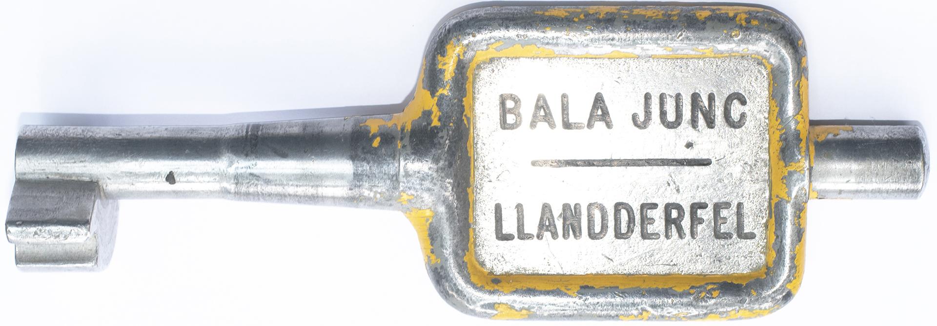GWR/BR-W Tyers No9 single line aluminium key token BALA JUNC-LLANDDERFEL, configuration D. This