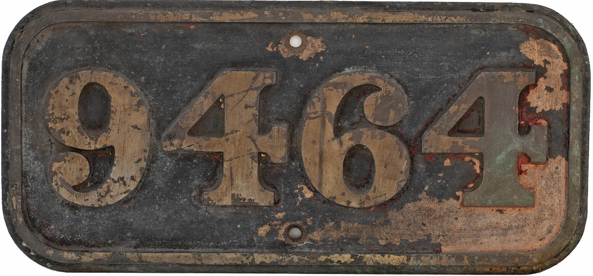 BR(W) brass cabside numberplate 9464 ex Hawksworth 0-6-0 PT built by Robert Stephenson & Hawthorn