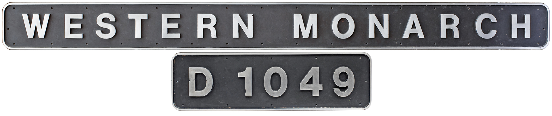 Nameplate WESTERN MONARCH together with its cabside numberplate D1049 ex British Railways Class 52