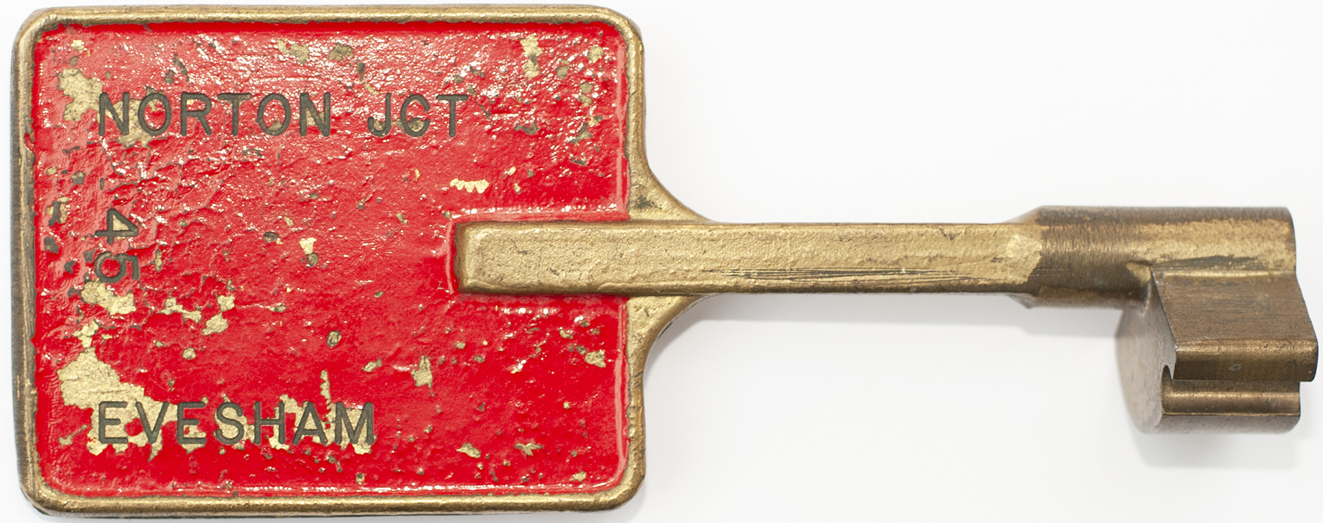 BR-W Tyers No9 single line bronze key token configuration C, stamped both sides NORTON JCT -
