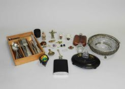 A collection of various pieces of jewellery and costume jewellery