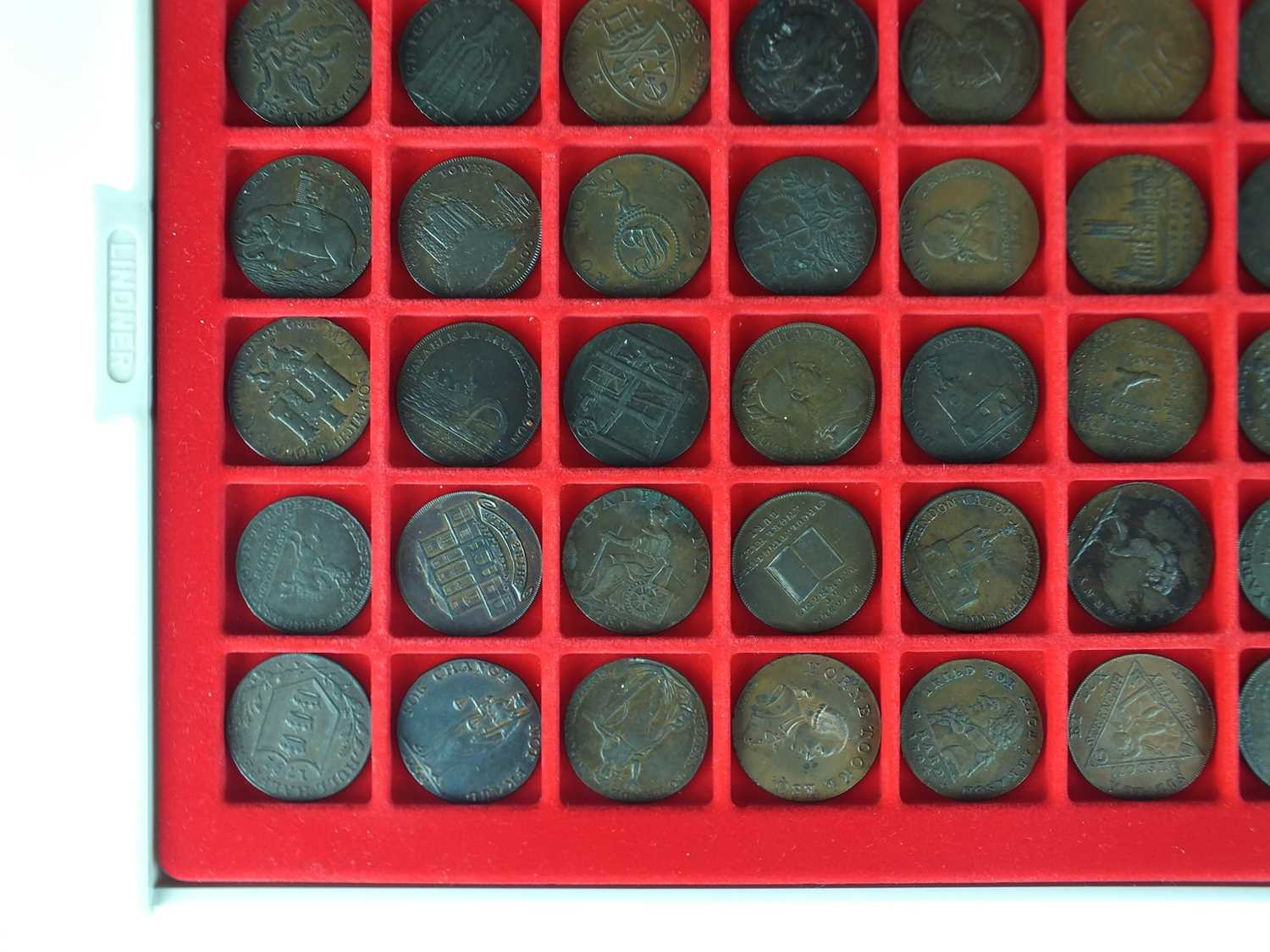 A collection of late 18th century British halfpenny copper trade tokens - Image 3 of 5