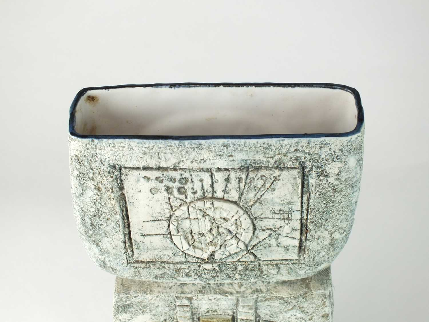 Troika vase by Anne Lewis - Image 5 of 7