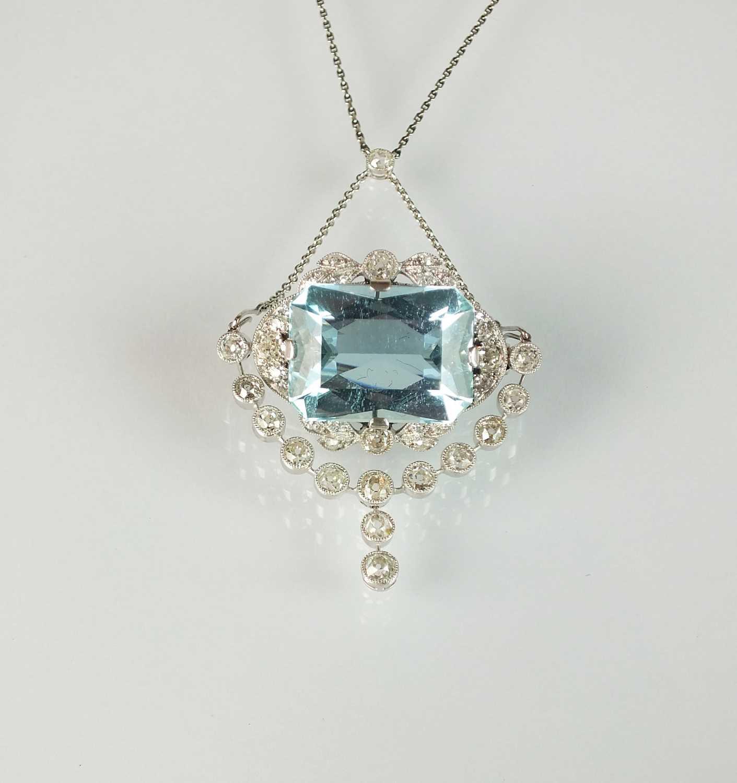 A Belle Epoque aquamarine and diamond pendant/brooch - Image 2 of 9