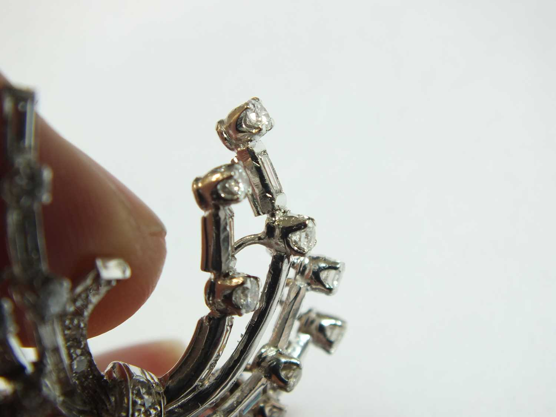 A diamond set scroll spray brooch - Image 2 of 9