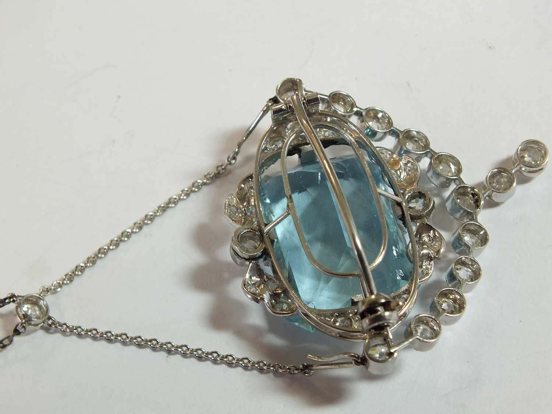 A Belle Epoque aquamarine and diamond pendant/brooch - Image 7 of 9