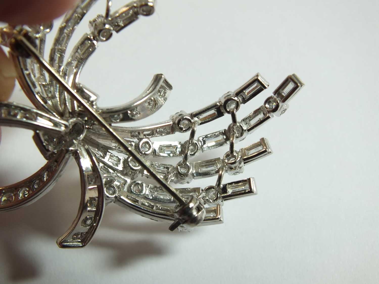 A diamond set scroll spray brooch - Image 7 of 9