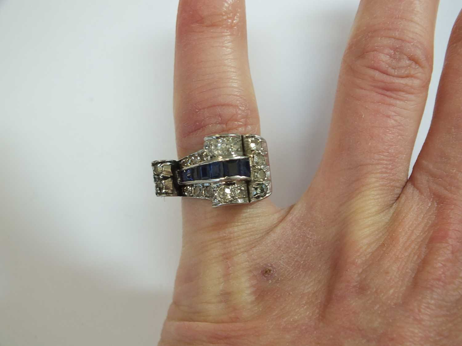 An Art Deco diamond and sapphire cocktail ring - Image 7 of 8