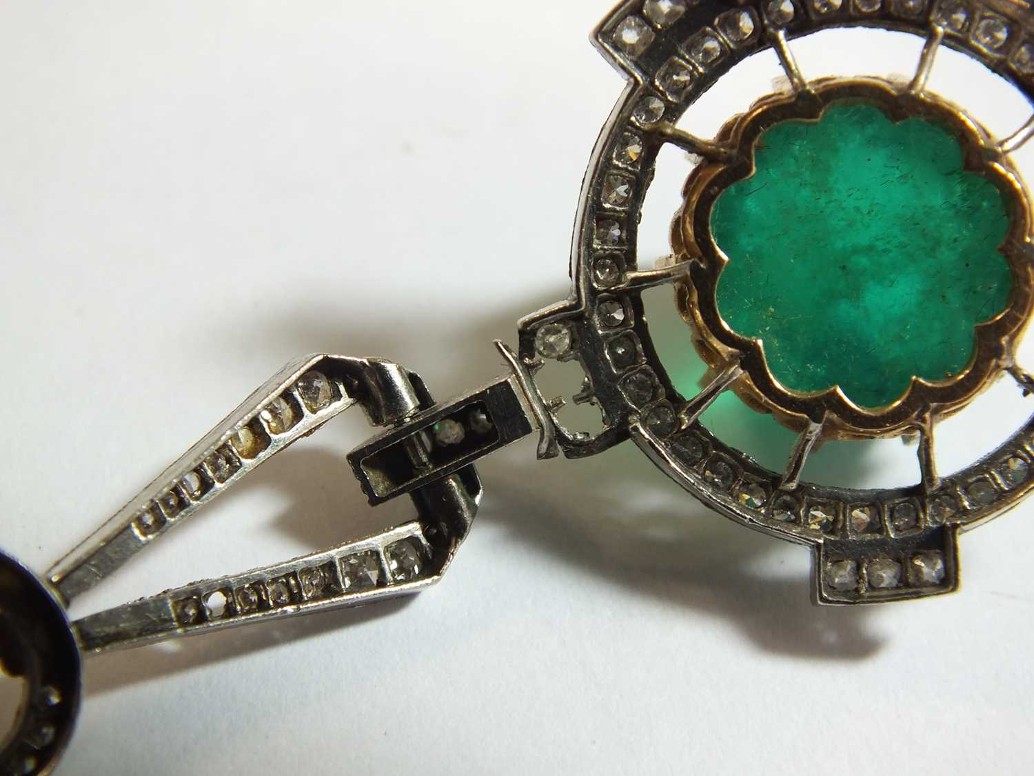An Art Deco emerald and diamond pendant on chain - Image 7 of 14