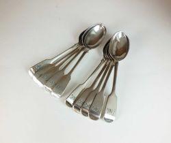 A set of ten Victorian Fiddle pattern silver teaspoons