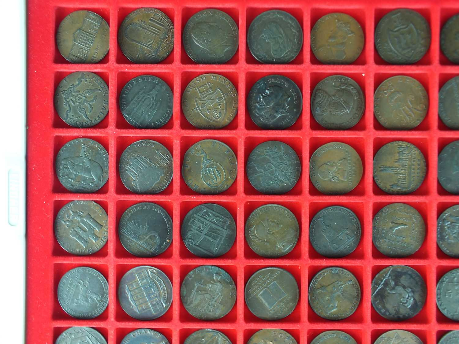 A collection of late 18th century British halfpenny copper trade tokens - Image 2 of 5