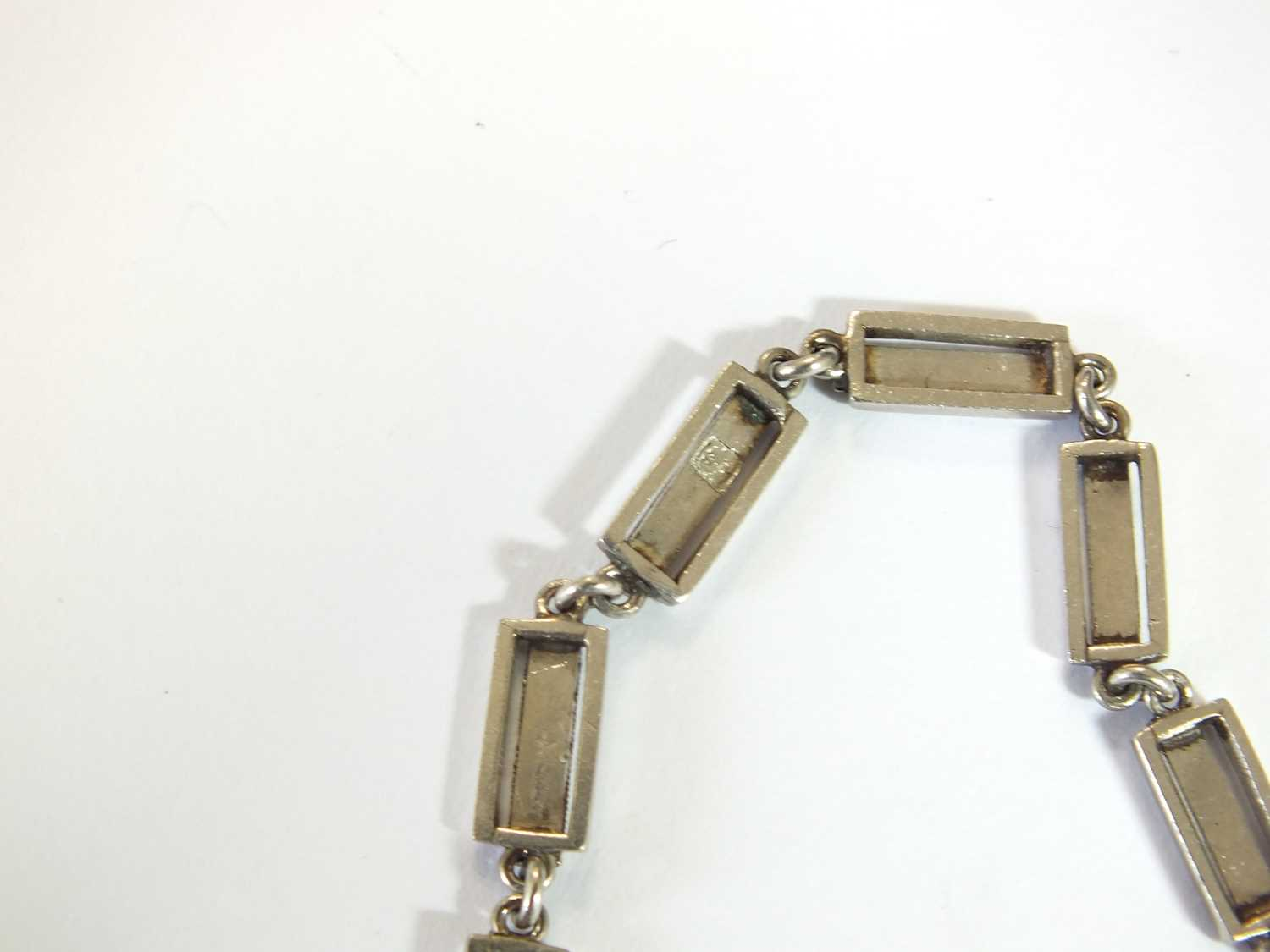An Art Deco emerald and diamond pendant on chain - Image 2 of 14