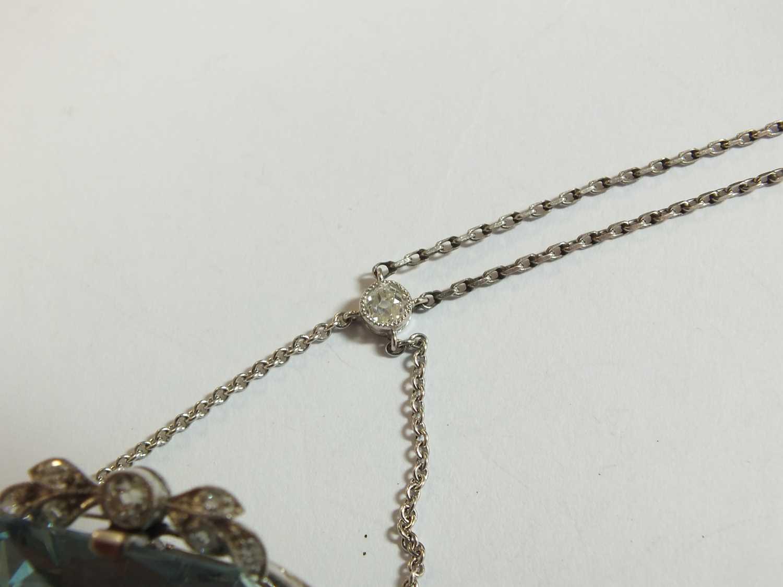 A Belle Epoque aquamarine and diamond pendant/brooch - Image 5 of 9
