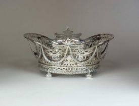 A William Comyns Victorian silver basket