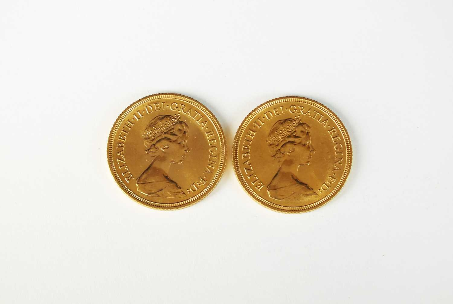 Two Elizabeth II sovereigns - Image 2 of 2